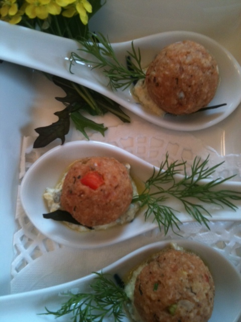 Salmon 'Ball' with Pepper in a pond of Dill Creme Fraiche